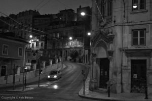 Coimbra neighborhood at night